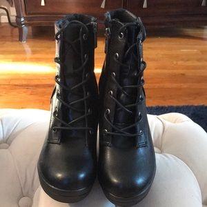 Shoes - Breckelle's Platform Booties